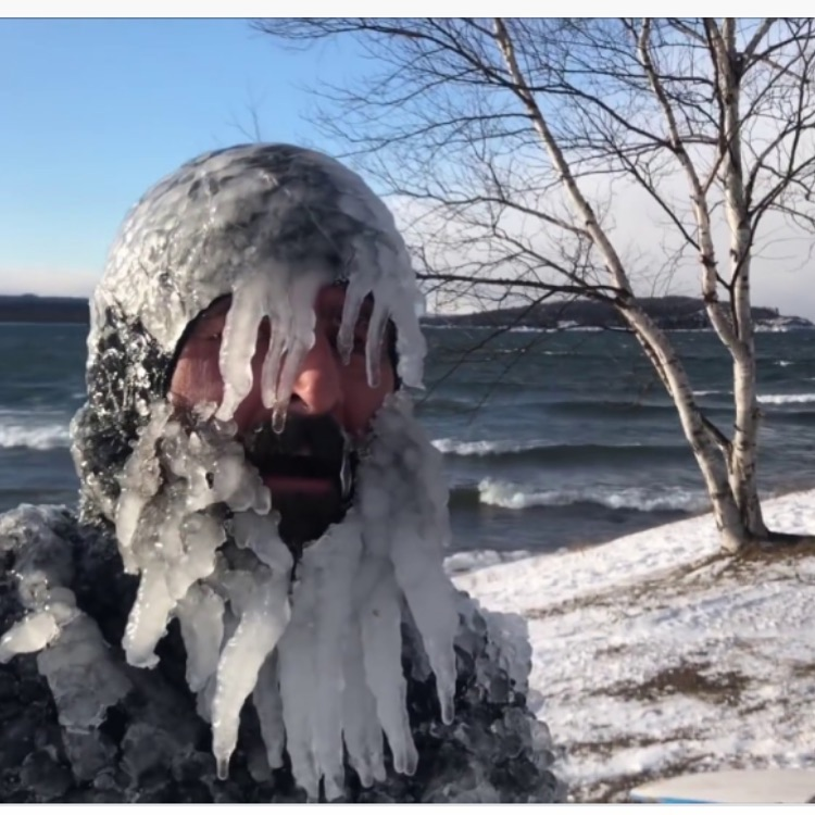Man Surf Winter